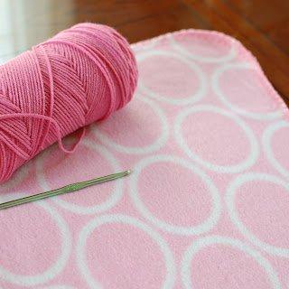 Crochet Edging on Fleece Blanket - Step 1 | www.petalstopicots.com