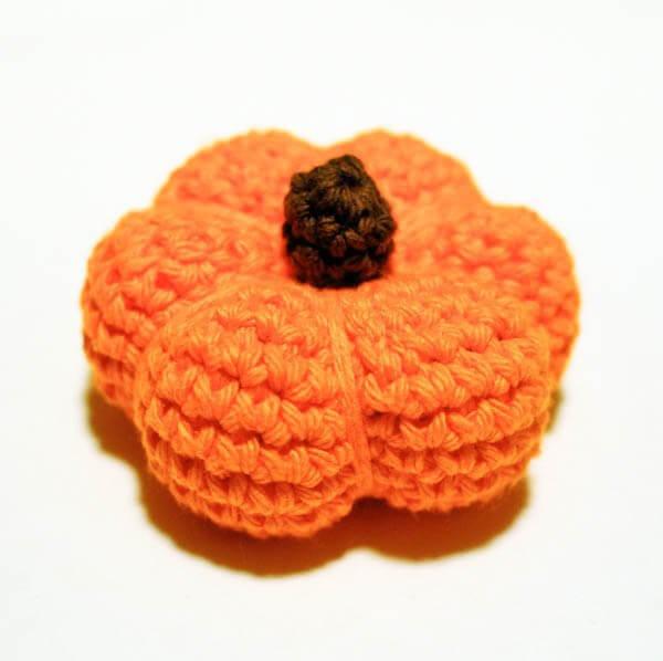 Little Pumpkin Crochet Pattern - Petals to Picots