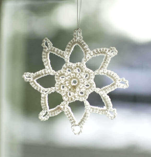 Free Crochet Pattern For Snowflake : Grandma Jennies Snowflake Pattern: Part 1 - Petals to Picots