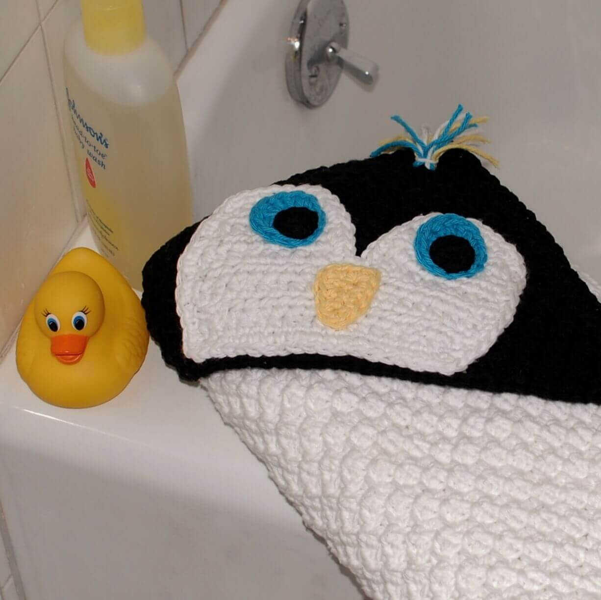 Penguin hooded baby towel petals to picots penguin hooded baby towel bankloansurffo Images
