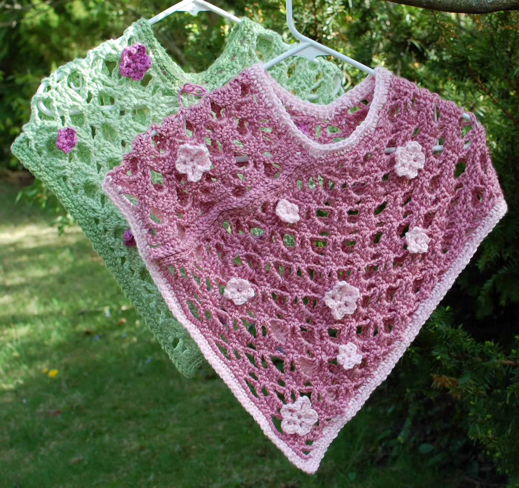 Free Crochet Shawl Patterns For Spring : Spring Flowers Crochet Poncho Pattern - Petals to Picots