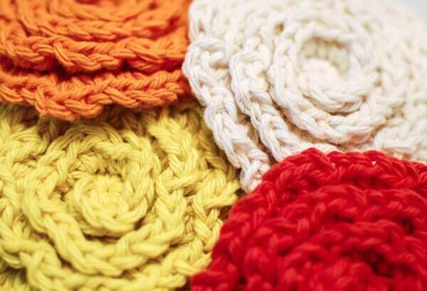 crochet flower face scrubbies pattern