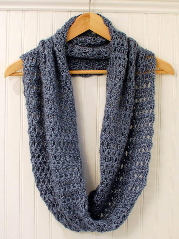 crochet infinity scarf pattern (1 of 5)