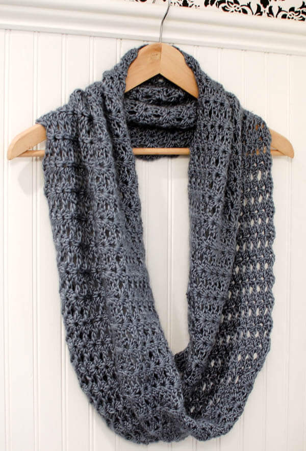 Free Crochet Patterns For Dressy Scarves : Mobius Infinity Scarf / Wrap Petals to Picots