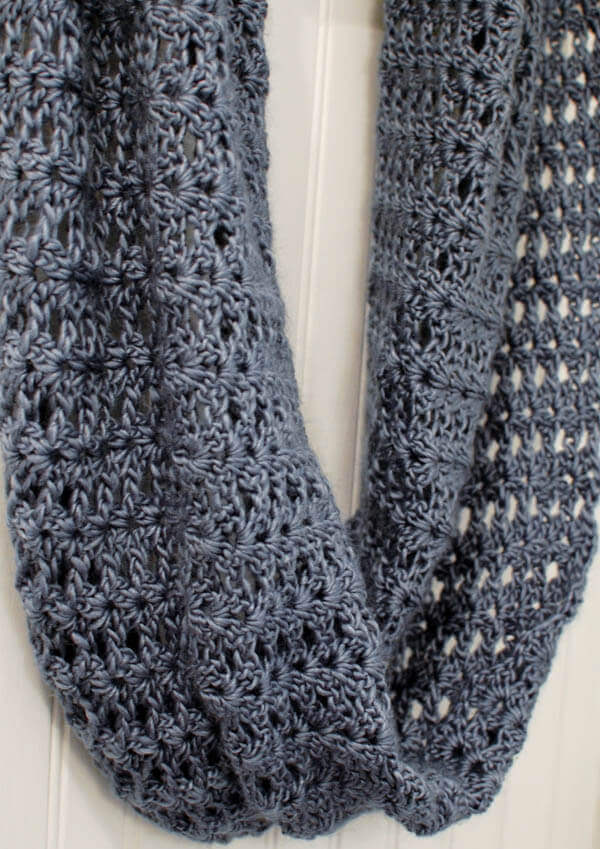 Crochet Stitches For Scarf : Mobius Infinity Scarf / Wrap - Petals to Picots