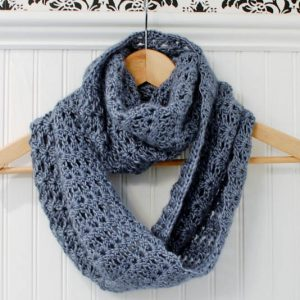 crochet infinity scarf pattern (5 of 5)
