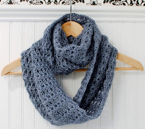 Crochet Infinity Scarf Pattern For Child : Mobius Infinity Scarf / Wrap - Petals to Picots