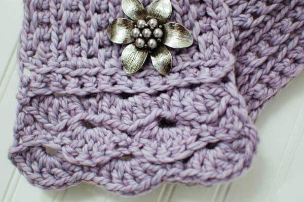 Pretty Scarflette / Cowl Crochet Pattern Petals to Picots