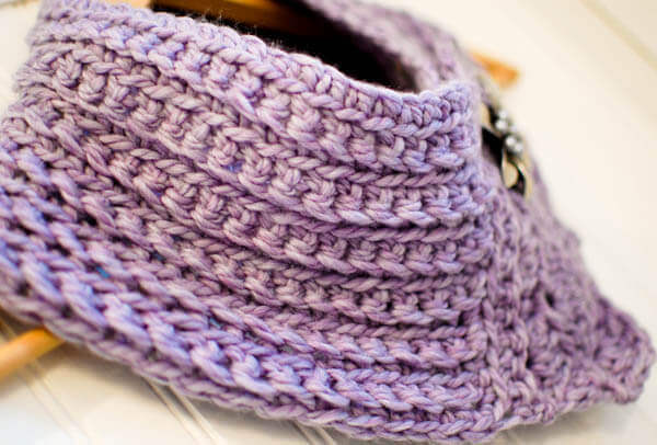 Pretty Scarflette / Cowl Crochet Pattern - Petals to Picots