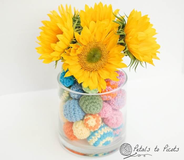 Crochet ball centerpiece petals to picots