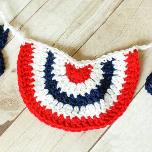 4th of July Crochet Pattern | www.petalstopicots.com