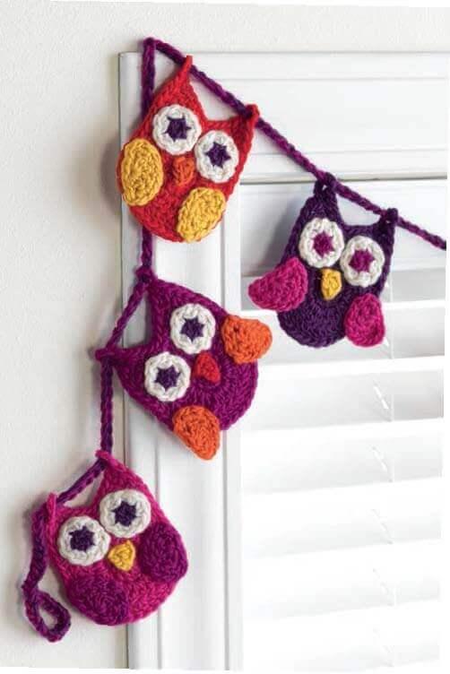 Crochet at Home - Owl Garland beauty shot