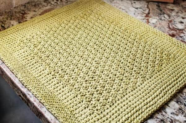 Tunisian Crochet Pattern Maker : Tunisian Crochet Kitchen Mat Pattern - Petals to Picots