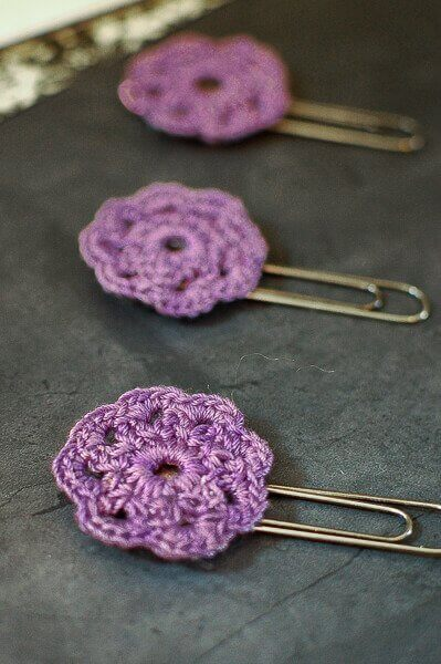 crochet flower paper clips