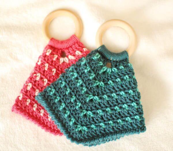 Teether Lovey Crochet Pattern | www.petalstopicots.com | #crochet