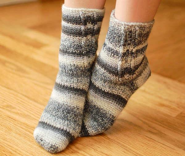 Ladies Socks Crochet Pattern - Womens Sizes 6 (7, 8, 9 ...