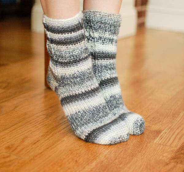 Free Crochet Patterns Socks : Ladies Socks Crochet Pattern - Womens Sizes 6 (7, 8, 9 ...