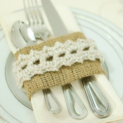 crochet napkin rings with burlap
