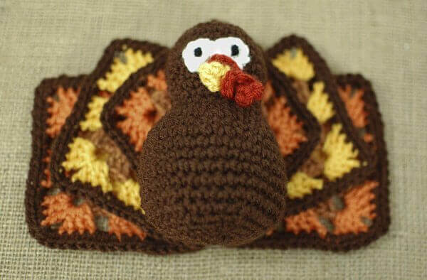 Thanksgiving turkey crochet pattern
