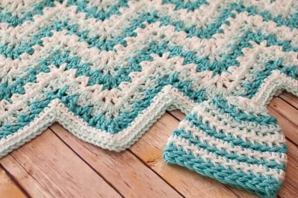 Free Crochet Pattern For Baby Ripple Blanket : Gentle Ripple Baby Blanket and Hat Crochet Pattern ...