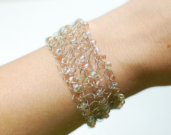 Free Patterns For Wire Crochet Jewelry : Free Crochet Wire Jewelry Patterns Bangle and Bracelets
