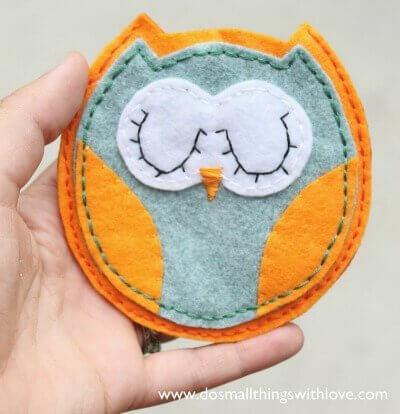 Felt Owl Pouch
