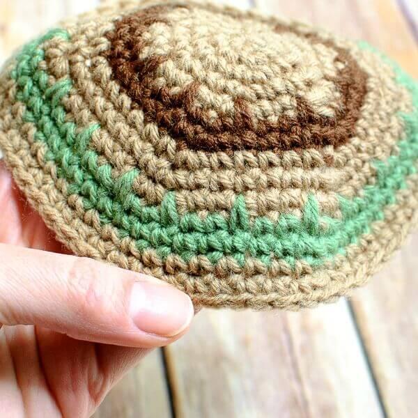 Crochet Yarmulke Patterns : ... crochet pattern halloween pumpkin trick or treat bag crochet pattern