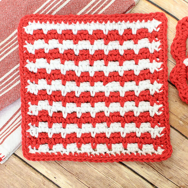 Free Crochet Dishcloth And Potholder Pattern : Free Crochet Dishcloth Pattern - Petals to Picots