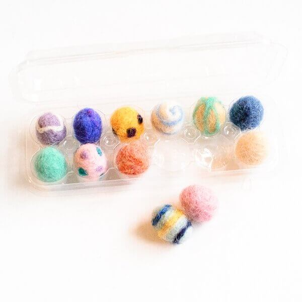 These smaller needle felted eggs are great for using up small buts of leftover wool.