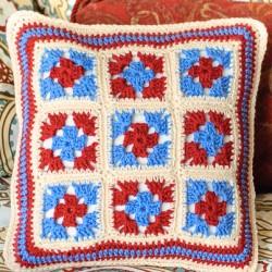 Granny square pillow (6 of 7)