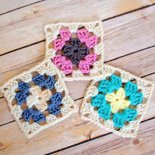 Crochet Granny Square Pattern - Petals to Picots