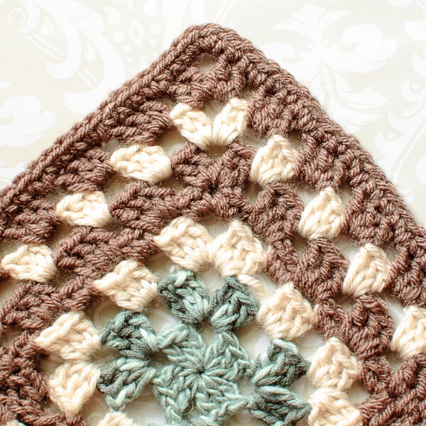 Granny Square Afghan Crochet Edging Pattern … Finishing my Scrapghan ...