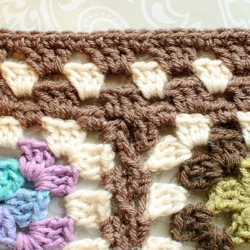 granny square afghan border (2 of 3)
