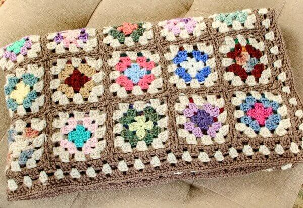 Free Crochet Pattern For Granny Square Baby Blanket : Free Crochet Granny Square Blanket Pattern Petals to Picots