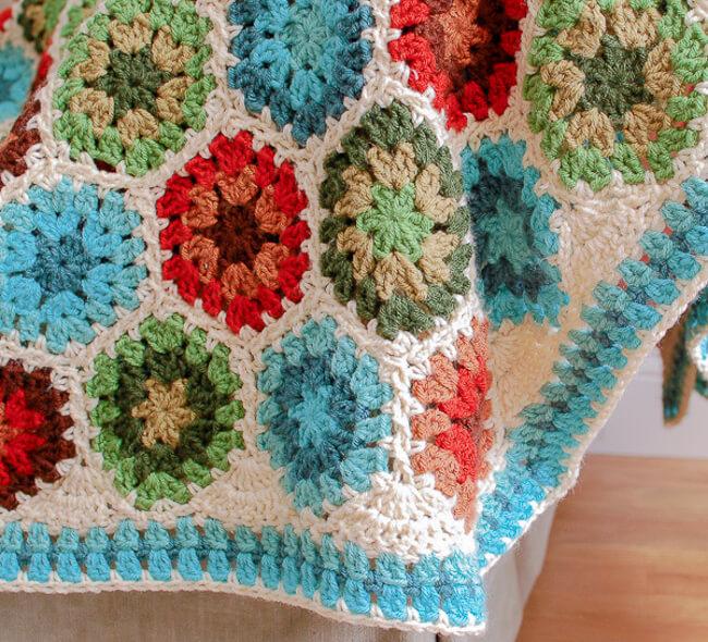 Hexagon Crochet Blanket Pattern and Tutorial