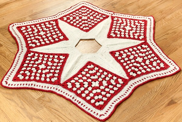 Crochet Christmas Tree Skirt Pattern — Part 1: The Grannies