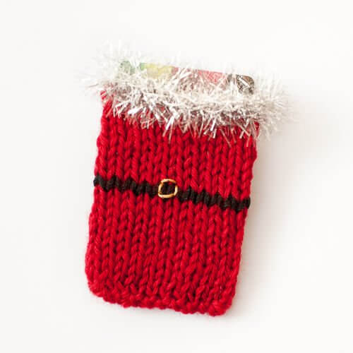 Santa Knit Gift Card Holder Pattern www.petalstopicots.com #knit ...