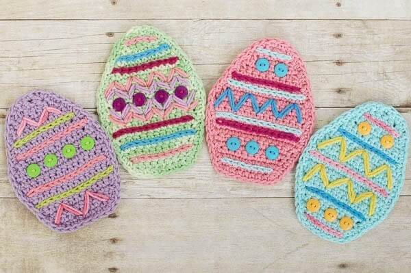Free Crochet Pattern Easter Eggs : Crochet Easter Place Setting - Petals to Picots