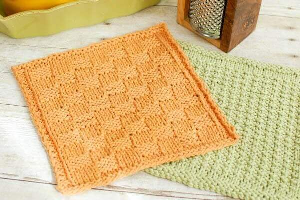 Knitting Basket Weave Pattern : Basket weave knit dishcloth pattern petals to picots