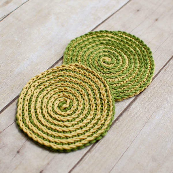 Spiral Crochet Flower Pattern Free : Summer Spiral Crochet Coasters Pattern - Petals to Picots