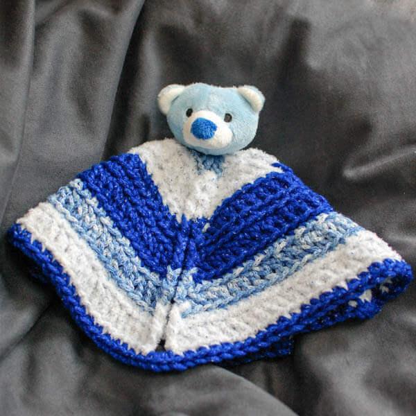Crochet Lovey : ... Crochet Lovey Pattern www.petalstopicots.com #crochet #baby #lovey
