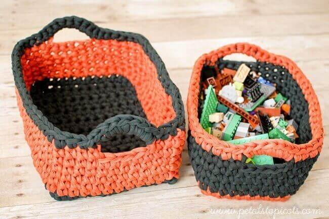 Free Crochet Pattern For Large Basket : Rectangular Crochet Basket Pattern ... Two Nesting Sizes ...