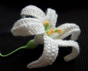 Easter Lily by Moogly