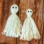 Easy Halloween Yarn Craft