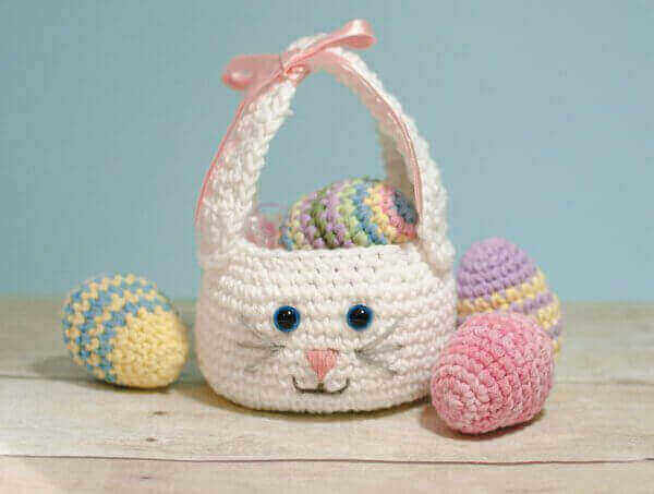 16 Free Crochet Patterns for Easter - Daisy Cottage Designs | 453x600