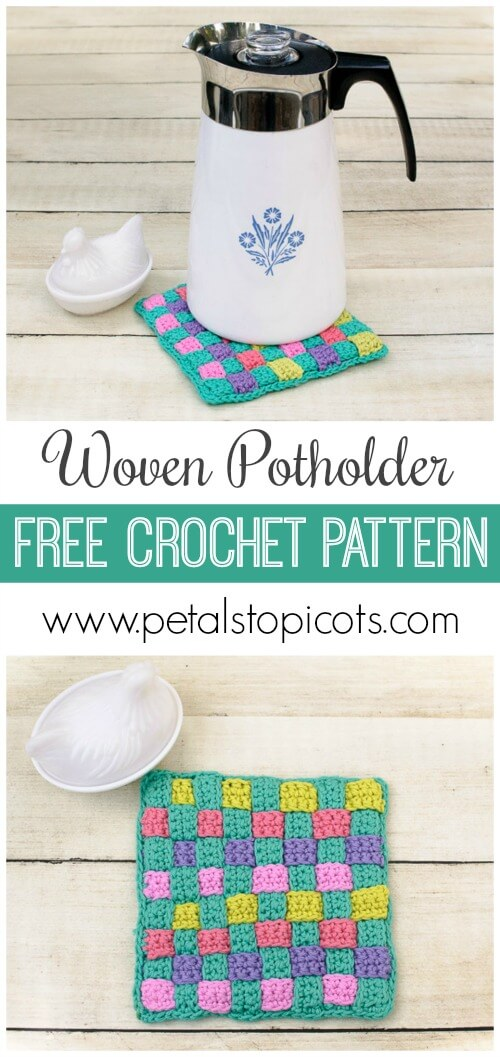 This Woven Potholder Crochet Pattern can be worked up in so many different color themes ... you can try a two color look or use a bunch of different colors like I did. #petalstopicots #petalstopicotscrochet