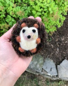 How to Make a Needle Felted Hedgehog Tutorial | www.petalstopicots.com