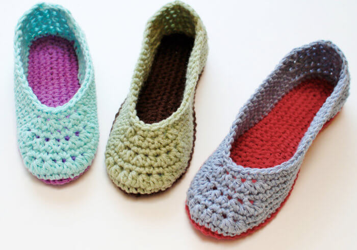 Crochet Slippers - A free crochet slipper pattern available in U.S. ladies sizes 4 through 11!