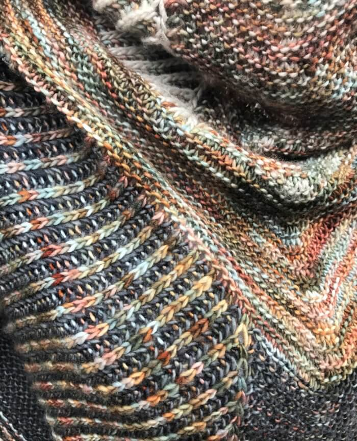 Three color brioche knitting