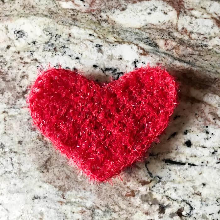 Single Crochet Heart Pattern: Sweetheart Scrubby